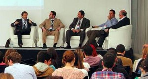 Cómo ser la estrella de un foro de debate. Enrique San Juan director Community Internet The social media company